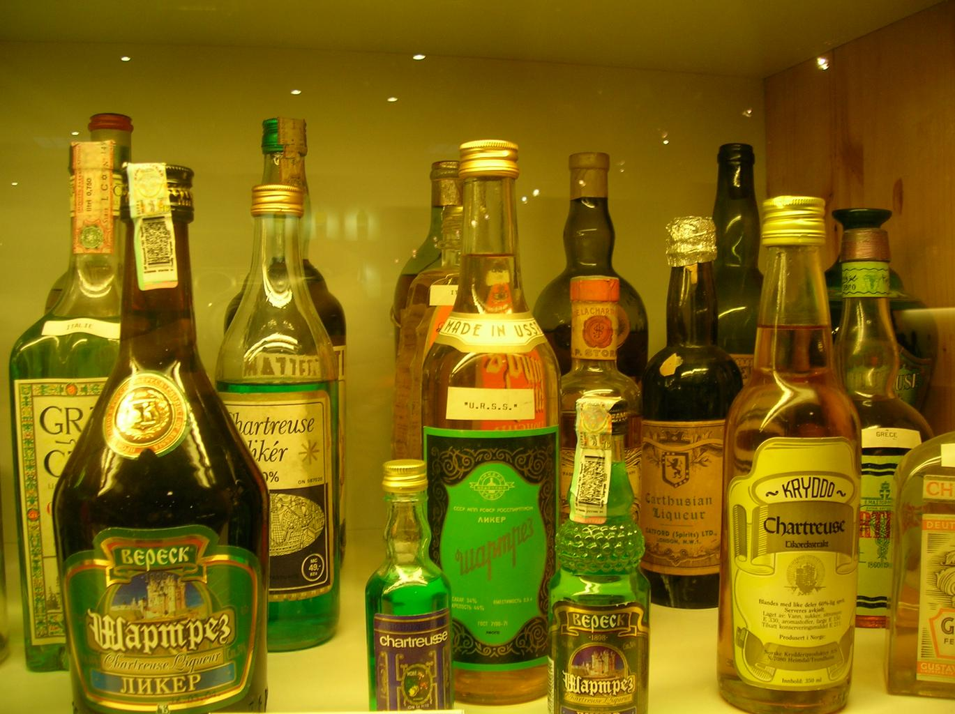 různý alkohol